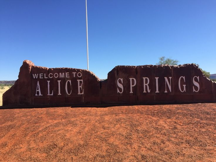 """Australia's Red Centre & Top End: Free insights and information about travel. We help you answer the question """"where should I go on holiday?"""""""