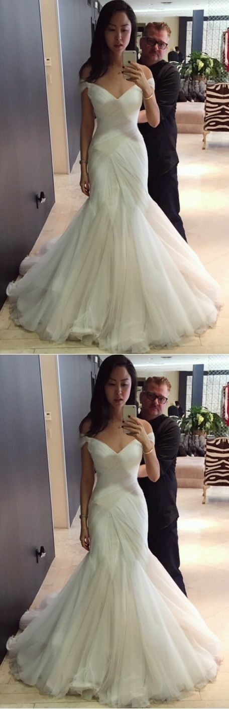 Sexy Wedding Dresses Trumpet/Mermaid Sweep/Brush Train Bridal Gown +would look good with halter straps instead