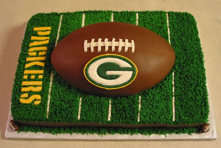 Nates Green Bay Packers groom's cake.
