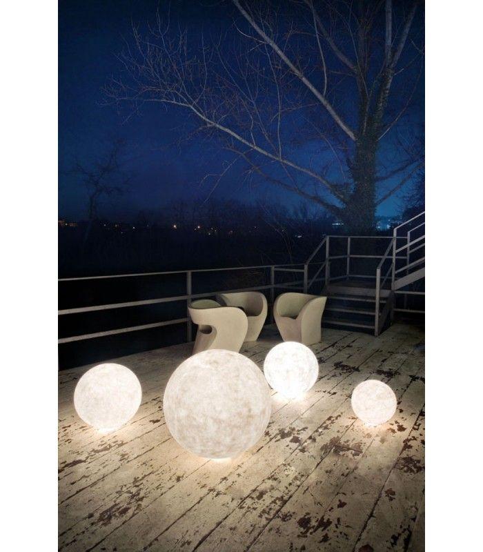In-es.artdesign - Lampada da esterno Ex moon - Elite Made in Italy #inesartdesign #artdesign #nebulite #design #lamp #madeinitaly #floorlamp #floor #moon #moonlight #outdoor