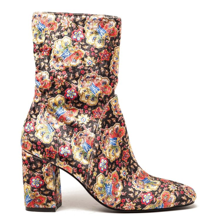 Bootie with printed pattern