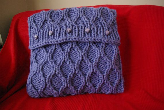 Knitted cushion cover - lavender