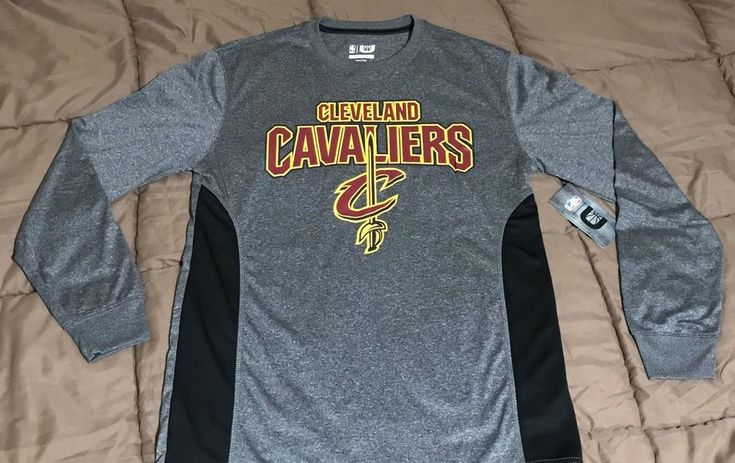NWT NBA Cleveland Cavaliers Cavs Mens Long Sleeve T-Shirt