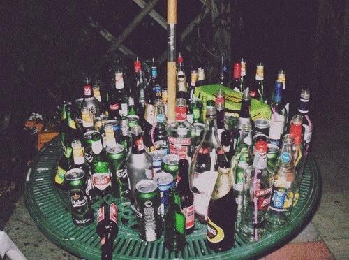 Bildresultat för table with alcohol