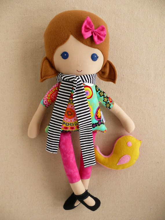 Listado personalizado para Julia  muñeca de trapo por rovingovine
