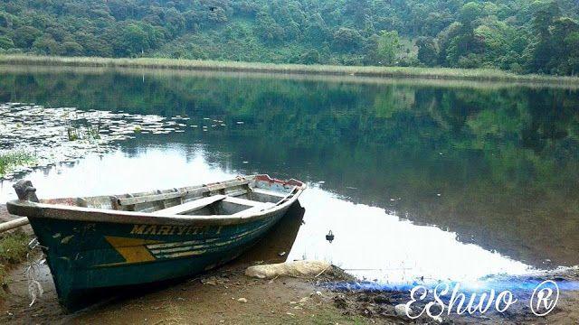 EShivo:  Laguna verde, Apaneca, Ahuachapán, El Salvador.  ...