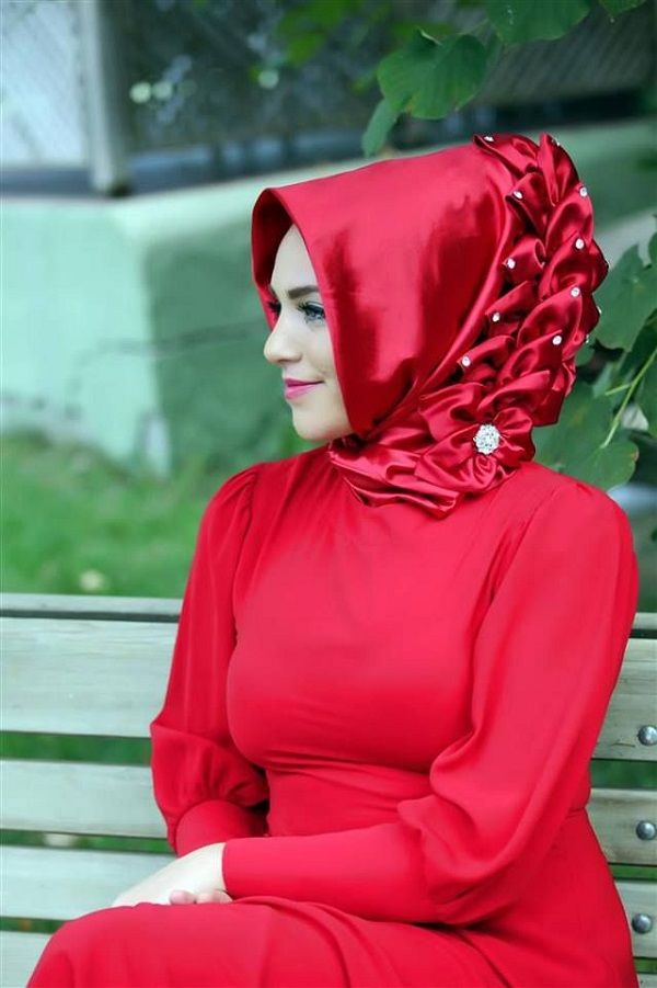 Elegant Side Ruffle Hijabs For All Occasions