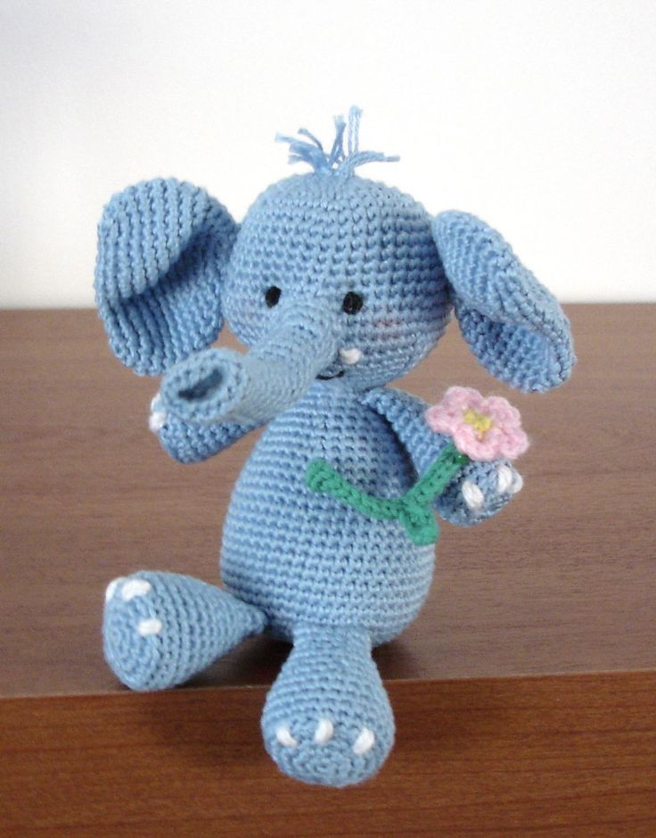 Few weeks ago I have introduced you my Ella the elephant , and promised how soon will write the pattern (readable one ;) as well. Meantime got several mails, asking me if this pattern is ava…