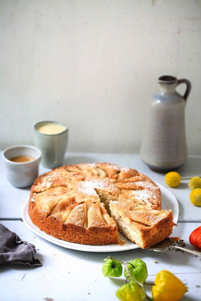 Zimtbirnen Haselnuss Kuchen / Kuchenrezept / Rezept / Cinnamon pear hazelnut cake / Herbstkuchen / fall baking