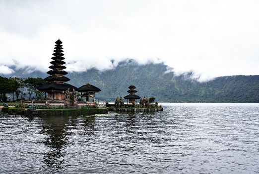 Ulun Danu Temple: If you have seen this lake and the water temple then you have arrived at Bedugul. (Photo by Raditya Ma...