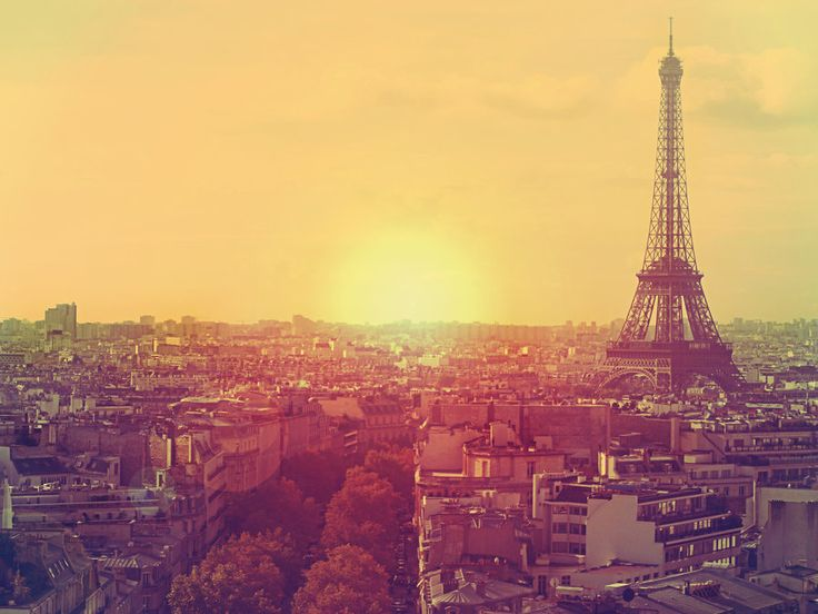 Beautiful Picture Of The Eiffel Tower