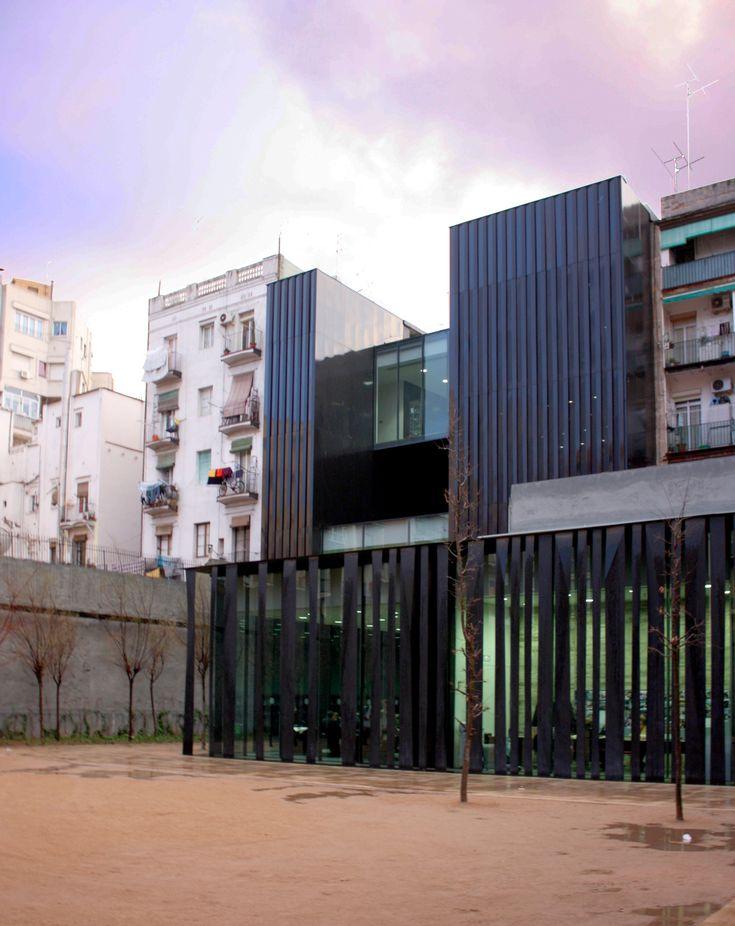 Genial la Biblioteca de RCR arquitectos en Sant Antoni, Barcelona