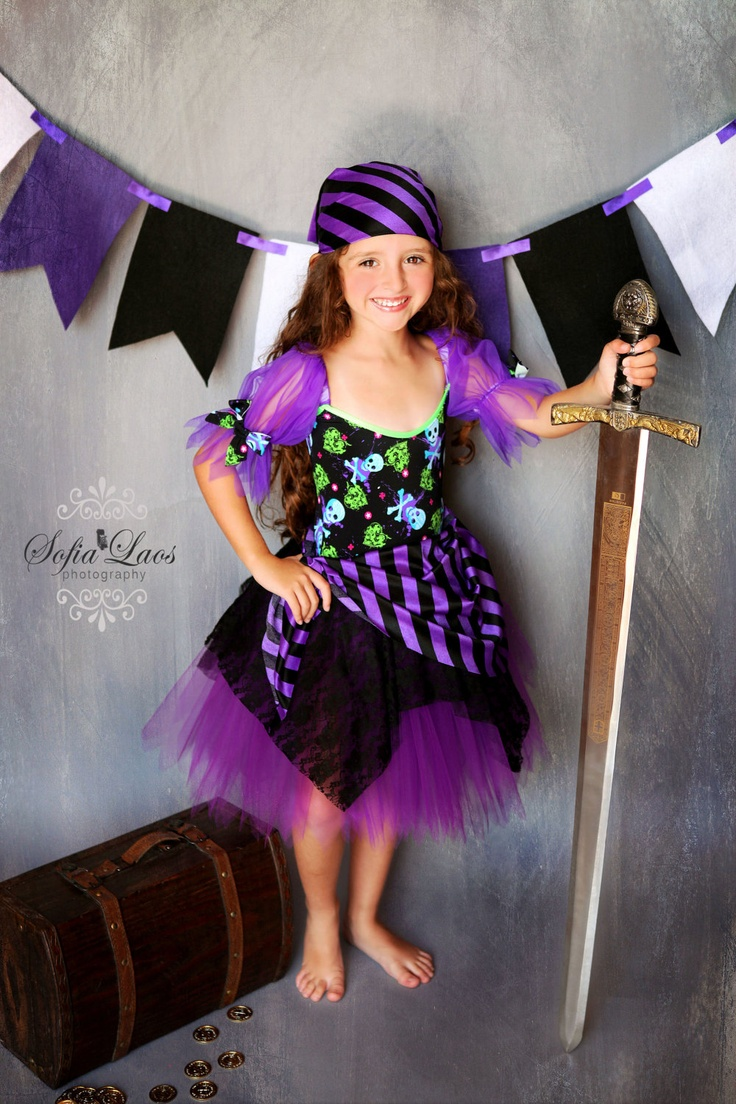Pirate costume 6 Custom Boutique purple  Pirate skull tutu Halloween costume. $46.99, via Etsy.
