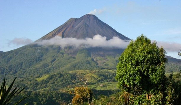 Costa Rica: Favorite Places, Spring Resorts, Costa Rica, Aren Volcanoes, Costa Rica, National Parks, Volcanoes Costa, Hot Spring, Hotels