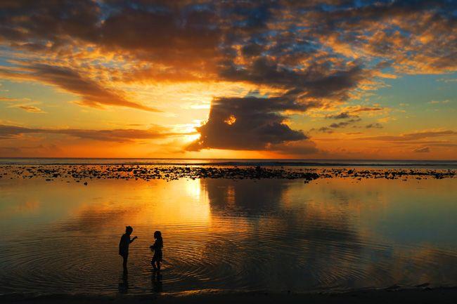 watch the sunset at aroa beach or shipwreck hut