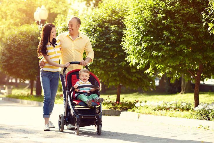 Cechy wózka spacerowego – jak wybrać idealny?
