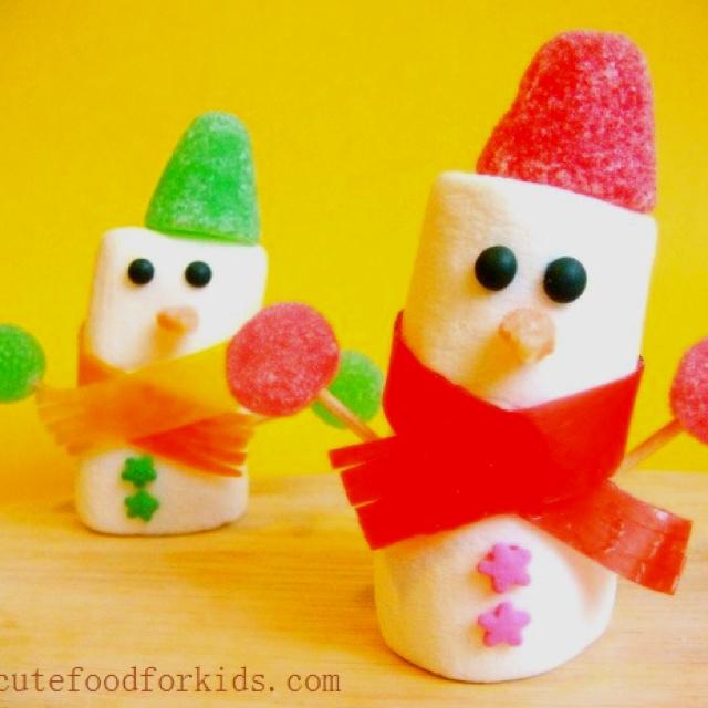 Edible winter craft.