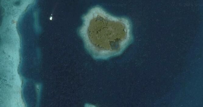 Secret Island Belize - Belize, Central America - Private Islands for Sale 7 miles off Dangriga