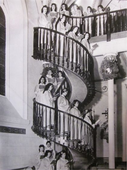 loretto chapel the stairs that saint. Joseph built!!!