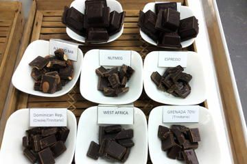 Barbados Chocolate Factory tour: Taste the unique flavours of the Caribbean combined with delicious dark chocolate!