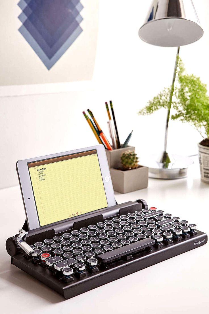 qwerkywriter wireless typewriter keyboard http://gwyl.io/qwerkywriter-wireless-typewriter-keyboard/