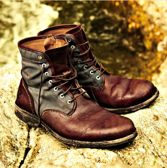 timberland earthkeepers.  I not only love these, but I love the type of men who wear them!