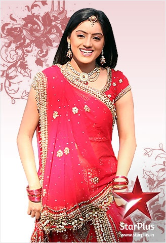 To get that pretty yet elegant look of Sandhya go for bright colored, block printed sarees.
