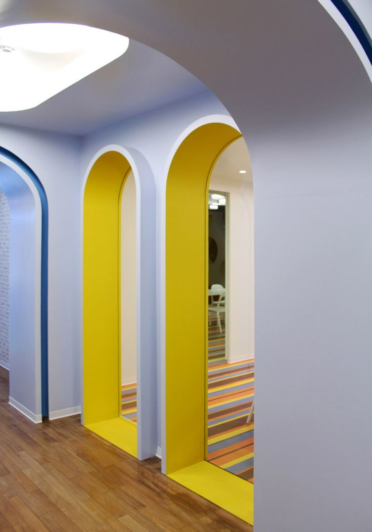 Центр детского развития Kalorias от estúdio AMATAM. Линда-а-Велья, Португалия.
