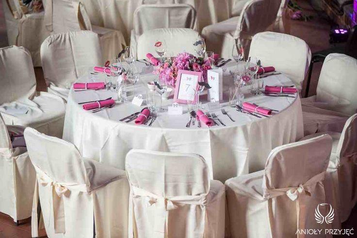4. Fuchsia Wedding,Tablescape,Centerpieces,Fuchsia napkins / Wesele fuksjowe,Dekoracje stołu,Serwetki,Anioły Przyjęć