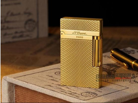 ST Dupont France heavy fancy textured gold plated butane lighter