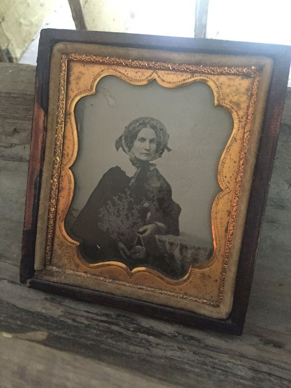 Antique Victorian Gutta Percha Tin Type Photo Leather frane