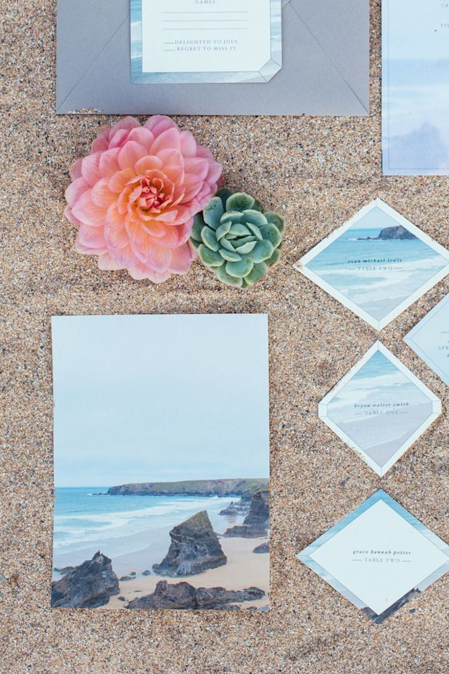 Modern geometric beach #wedding invitations | Sarah Falugo Photography | see more on: http://burnettsboards.com/2014/04/unique-beach-wedding-inspiration-shoot/