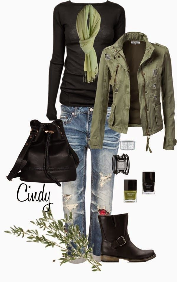 Black boots, old jeans, safari jacket, simple tee