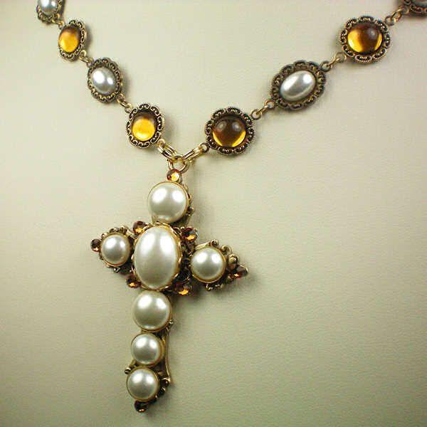 anne boleyn's jewelry | The Anne Boleyn Resource Guide