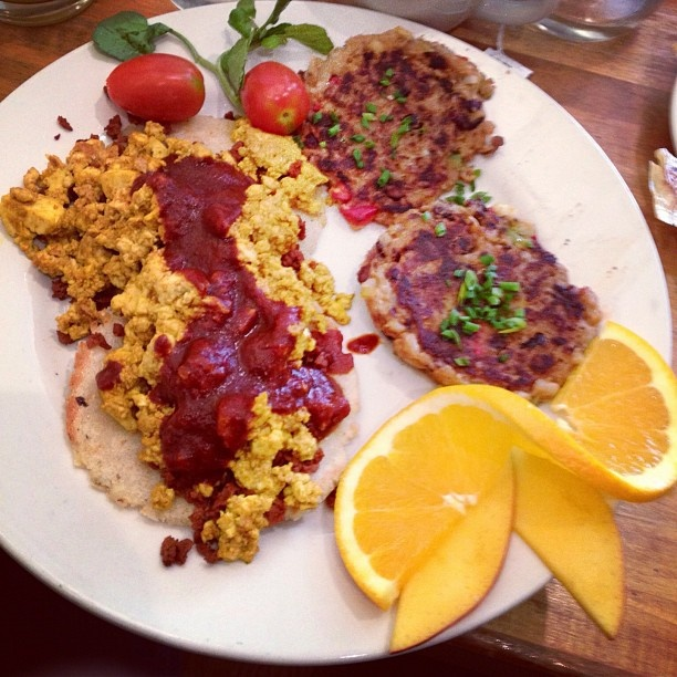 scrambler black bean cakes chorizo i am black beans mango brunch sauce ...