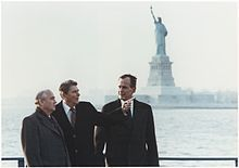 Mikhail Gorbachev -Reagan and Vice-President Bush meeting with Gorbachev on Governor's Island, New York City, 7 December 1988 Wikipedia, the free encyclopedia