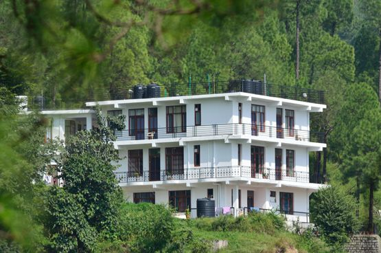 http://www.whitemushroomholidays.com/latest-holiday-offers/kasauli-shimla-tour-2nights-3days/ - Latest holiday offers for Kasauli and Shimla tour at very attractive package with 2N/3D at cost of 1170. Visit Now and easy to book your holiday, for detail call us on +91-782-782-4444.
