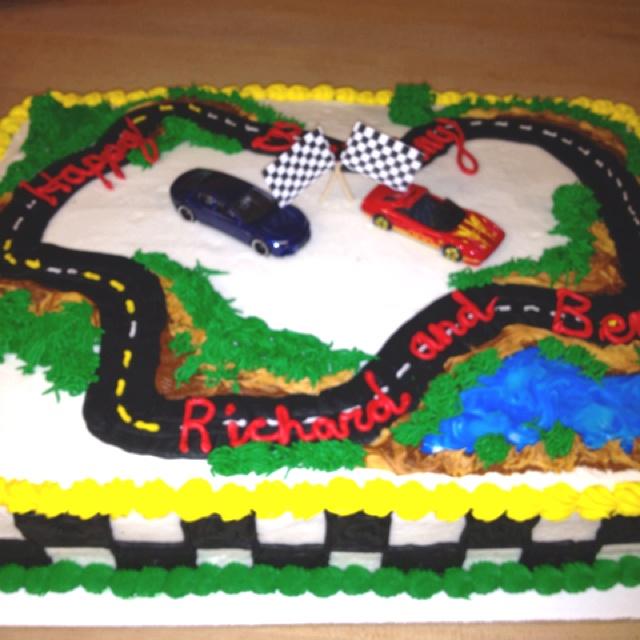 Race car birthday cake  Mareks 3rd Birthday - Cars  Pinterest