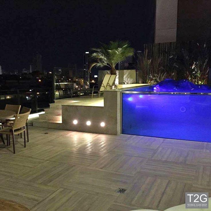 Mais uma piscina de vidro para o portfólio da T2G #arquitetura #aquavision #arteemvidros #piscinadevidro #vidro #piscinaAquavision #visorparapiscina #vidrodepiscina #aquavision #piscina #piscinasludicas #tecnologia #inovacao #designdeinteriores #design #arquiteto