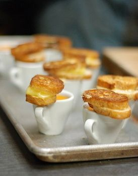 Wedding Food Ideas: These mini grilled cheese and tomato soups are the perfect Autumnal appetizer. Photo on Snippet and Ink