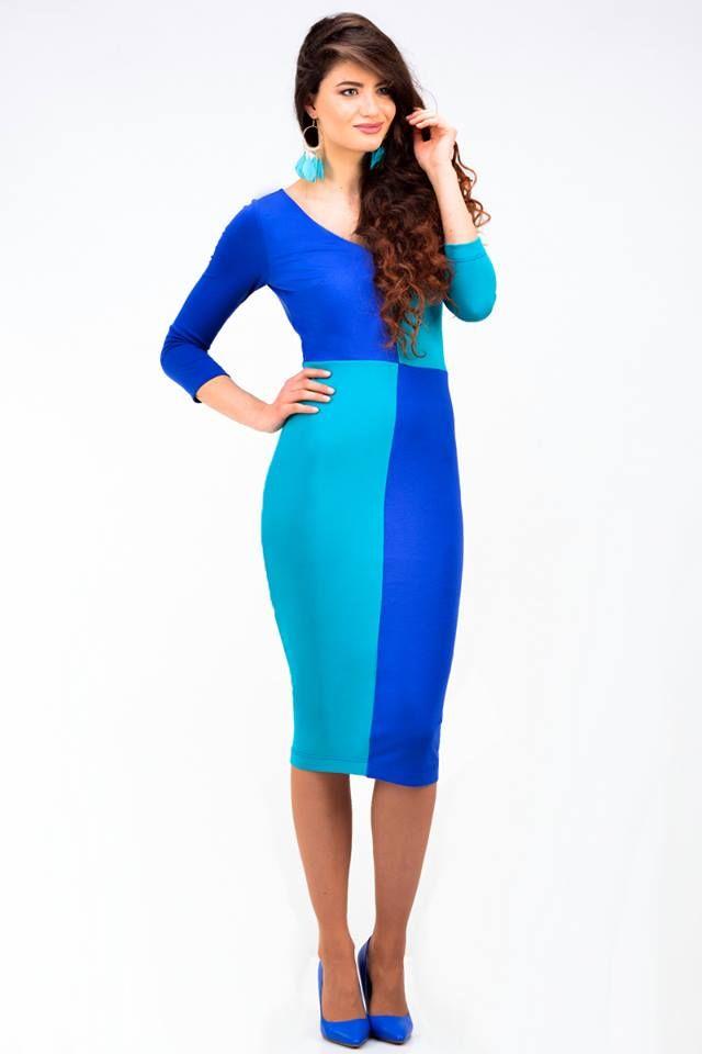 Two-tone blue dress - 63,16€