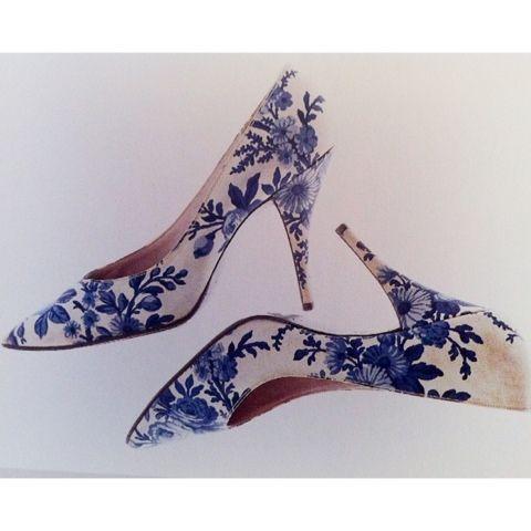 Roger Vivier, heels for Dior 1950s Beautiful!