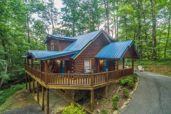 Lazy Mountain Retreat Deluxe 1 Bedroom Gatlinburg Cabin Rental Gatlinburg Cabins Gatlinburg Cabin Rentals Cabin