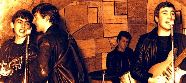 UN DIA EN LA VIDA DE LOS BEATLES: THE BEATLES – Su paso por el Club La Caverna.