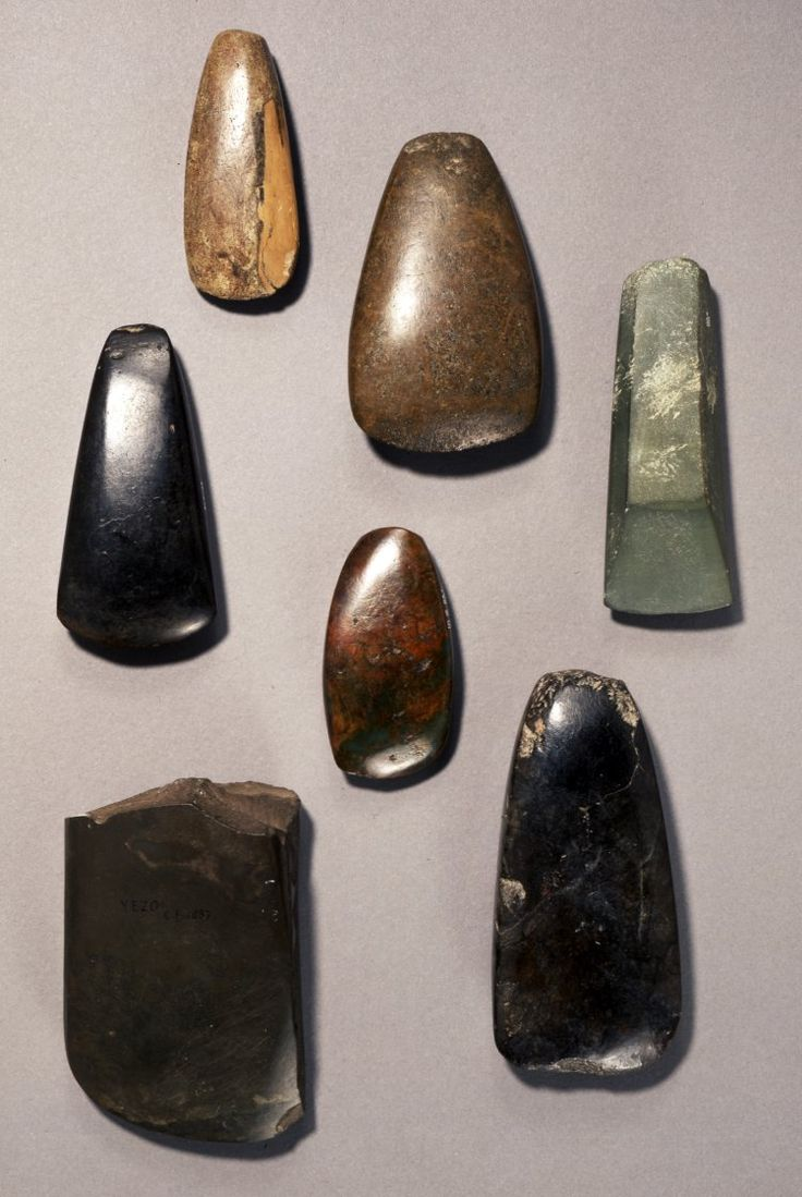 Carved  Polished Stone Hand-axes  --  Jomon (Neo) Period  --  Circa 12,000-300 BCE  --  Discovered in Iwami, Japan  Findspot: Iwami, Japan  --  Photo courtesy of The British Musuem