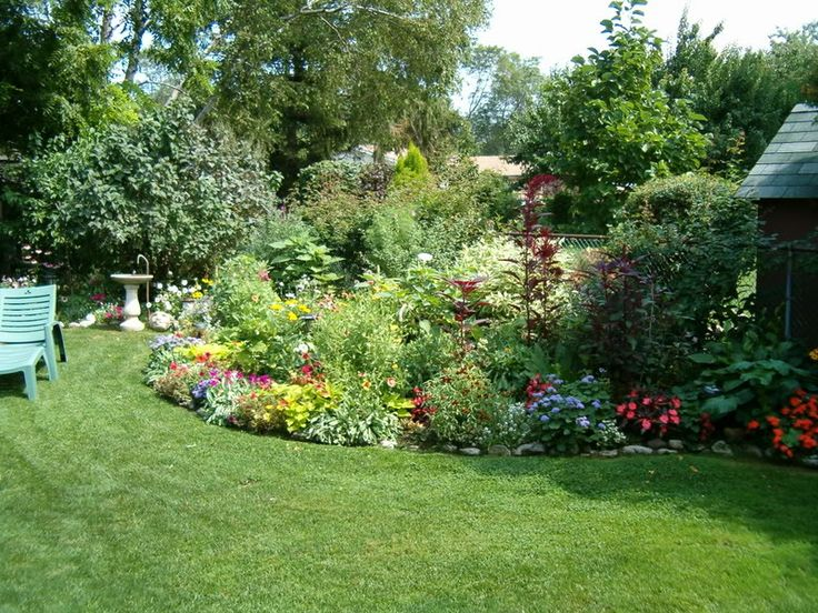 Lush Border Garden Gardening Pinterest Lush Gardens