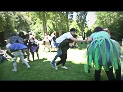 DINÁMICAS DE GRUPO: (1) Tan lejos, tan cerca | Bastard Education - YouTube