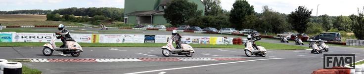 the winners pose. rechnitz 2009. european scooter challenge - esc.