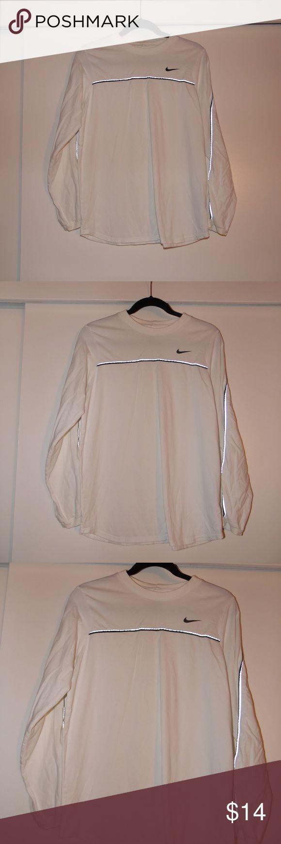 Nike Workout Shirt White long sleeve Nike workout top. Nike Tops Tees - Long Sleeve
