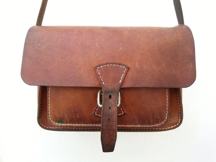 klama unikatowe torebki torby ręcznie szyte skóra beżowa beige hobo detail klama unikatowe torebki torby ręcznie szyte  bag restoration front after